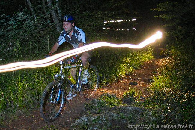Photo de VTT nocturne